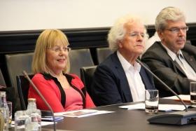 Mitgliederversammlung-VortragDr.Schaefer2014--006