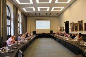 Mitgliederversammlung-VortragDr.Schaefer2014--010