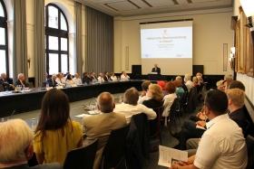 Mitgliederversammlung-VortragDr.Schaefer2014--013